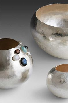 By Annick Tapernoux. Pure silver.