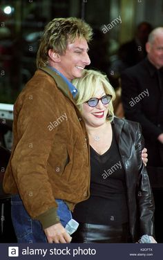 Stock Photo - Barry Manilow and Bette Midler. Bette Midler and Barry Manilow performs on The Today Show, NYC on October 2003 Bette Midler, Barry Manilow, Natalie Wood, October 1, Today Show, Are You The One, Vectors, Ms, Illustrations