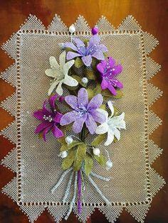 Alıntı Yarn Crafts, Diy And Crafts, Drawn Thread, Needle Lace, Diy Flowers, Needlework, Embroidery, Holiday Decor, Fabric