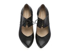 Another beautiful pair of hand made shoes from etsy!  New! Vicky, Black shoes, Flats, Leather Shoes