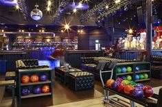The newest hot spot inside the LINQ project is Brooklyn Bowl! They have 16 total bowling lanes situated on 2 floors and a large concert venue available for private buyouts. The food seelctions they have are to die for!