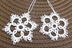 2 hand tatted Christmas ornaments snowflakes Flurry by IzabelkaG