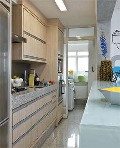 Un pequeño piso estilo ecléctico moderno