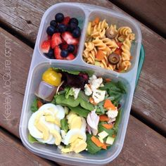Mom food: Healthy work lunch packed in @EasyLuncboxes containers
