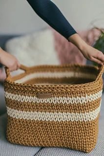 Ravelry: Cozy Striped Basket pattern by Simona Kastanauskiene