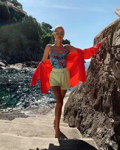 Leonie Hanne – Versace swimsuit Leonie Hanne, Summer Beach, Versace, Cover Up, Swimsuits, Dresses, Fashion, Vestidos, Moda