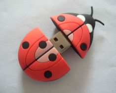 ~ ladybug flash drive - oh, I want this!