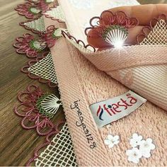 Igne oyasi Lace Art, Shabby Home, Needle Lace, Lace Making, Bargello, Like4like, Reusable Tote Bags, Gift Wrapping, Baby Shower