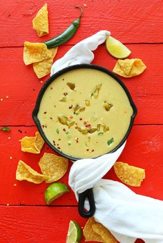 20-minute VEGAN Green Chili Queso! Creamy, savory, spicy and perfect for dipping! #vegan #queso #recipe