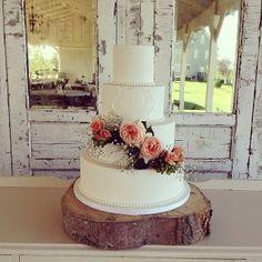 Sweetface Cakes | Nashville Cakes   #SweetfaceCakes #W101Nashville #NashvilleWedding