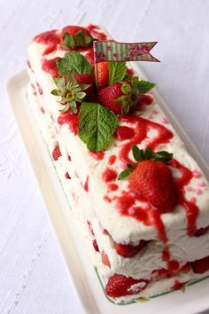 Deixa entrar o sol Strawberry, Fruit, Kitchen, Sun, Cooking, Strawberry Fruit, Kitchens, Strawberries, Cuisine
