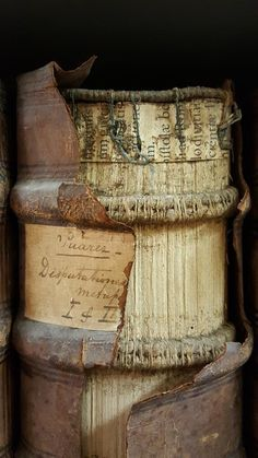 Erik Kwakkel A victim of time: damaged binding that is strangly attractive ( Groenh. Medieval Books, Medieval Manuscript, Illuminated Manuscript, Old Books, Antique Books, Vintage Books, Handmade Journals, Handmade Books, Handmade Rugs