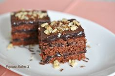 Reteta culinara Prăjitura Snickers - 2 din categoria Prajituri. Cum sa faci Prăjitura Snickers - 2