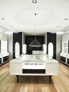 The Optometrist by Greg Natale, Sydney  store design