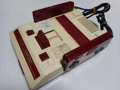 NINTENDO FAMICOM CONSOLE SYSTEM MODEL HVC-001 WORKING NINTENDO FC JAPAN ITEM D #NINTENDO