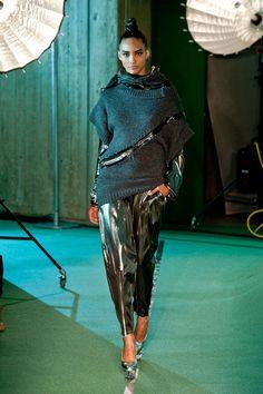 Jean Paul Gaultier Fall 2014 Ready-to-Wear Runway - Jean Paul Gaultier Ready-to-Wear Collection