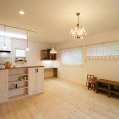 Overview,入居前,シャンデリア,漆喰壁,フレンチカントリー,昔の写真,いつもいいねやコメありがとうございます♡,タイセイホーム♡,無垢材床,新築当時のインテリア実例 | RoomClip (ルームクリップ)