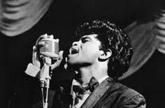 Biographies and music of pop and rock music singers and bands from the 50s, 60s, 70s, from your Oldies Music Expert at About.com.