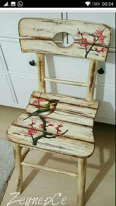 Ah ap Boyama Hand Painted Chairs, Hand Painted Furniture, Paint Furniture, Repurposed Furniture, Shabby Chic Furniture, Furniture Makeover, Decoupage Vintage, Decoupage Chair, Old Chairs