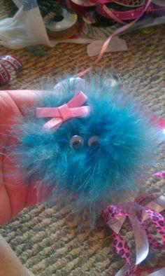 Girly Monster hair bow Ribbon Hair Bows, Diy Ribbon, Ribbon Crafts, Bow Hair Clips, Halloween Bows, Hair Bow Tutorial, Gift Bows, Making Hair Bows, Boutique Bows