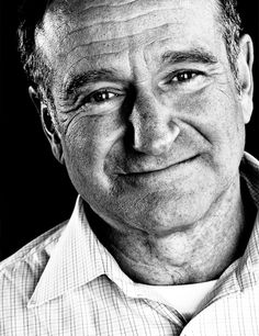 """Robin Williams """"A woman appreciates a man who can make her laugh"""" R.P Robin Williams. An amazing human being! Robin Williams, Kino Movie, You Make Me Laugh, Jolie Photo, Hollywood Actor, Hollywood Actresses, Photography Website, Famous Faces, Funny People"""