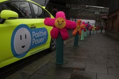 Colorful Knitted Graffiti Art Brightens Up London Streets - Flower #yarnbombing