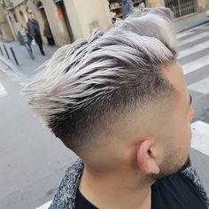 Back Trend hairstyle and colour 2017!! La Barceloneta AM|Cutting Studio Private Tags your friends and follow. ➖➖➖➖➖➖➖➖➖➖➖➖➖➖➖➖➖➖➖➖ More information, questions o business. contact@whoiselam.com ➖➖➖➖➖➖➖➖➖➖➖➖➖➖➖➖➖➖➖➖ #straighthair #stunning #Malaga #Barber #menshairworld #itboy #guyswithcoolhair #ootd #hairstyle #haircut #boystyle #fashionable #Rotterdam #modernsalon #fashionblogger #internationalbarbers #hairmenstyle #fashionista #menshair #cortesmasculinos #peinad...