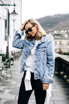 Casually running errands – Eirin Kristiansen