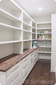 42 Creative And Inspiring Pantry Design Ideas - Pantry Room New Homes, Pantry Design, Pantry Laundry Room, Home, Pantry Remodel, Farmhouse Pantry, Kitchen Remodel, Kitchen Pantry Design, Dream Pantry