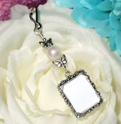 Wouldn't this look pretty on your flower girl's bouquet? Wedding bouquet charm. Bridal bouquet charm. by SmilingBlueDog
