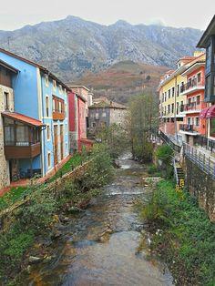 Arenas de Cabrales, Asturias.