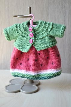 Blythe Doll Knitted Pink Watermelon Dress Green Cardigan | Etsy Knitting Machine Patterns, Knitting Paterns, Knit Patterns, Crochet Doll Dress, Knitted Dolls, Crochet Clothes, Knitting For Kids, Hand Knitting, Handmade Home
