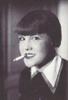 L'actrice Renée Divrac.     Jacques-Henri Lartigue, Paris, 1927.
