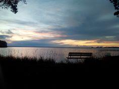 Pour l'anniversaire de mon Poulet, j'ai loué un petit cottage à Säkylä au bord d'un lac. C'est à 45 min de chez moi (J'habite en Finlande à Rauma), donc après le boulot on est parti là-bas. Et là, le top!