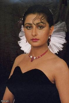 Top Most beautiful Indian Actresses Indian Bollywood Actress, Indian Actress Hot Pics, Beautiful Bollywood Actress, Most Beautiful Indian Actress, Indian Actresses, Bollywood Fashion, Very Beautiful Woman, Beautiful Girl Photo, Pretty Woman