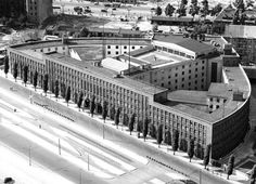 On 22 January 1931 on, the Haus des Rundfunks (House of Broadcasting) on Masurenallee in Berlin-Charlottenburg was inaugurated as the official seat of the Reichs-Rundfunk-Gesellschaft. Round Building, Building A House, Bauhaus, Hans Poelzig, Invasion Of Poland, Thing 1, Composition Design, Concert Hall, Dieselpunk