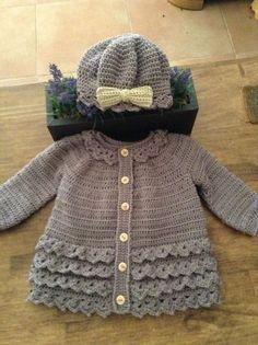 Tigli to-Barett-Mädchen-Hirka - Diy Crochet Cardigan, Crochet Baby Sweater Pattern, Crochet Baby Sweaters, Baby Sweater Patterns, Baby Girl Sweaters, Crochet Coat, Crochet Baby Clothes, Baby Knitting Patterns, Crochet Patterns