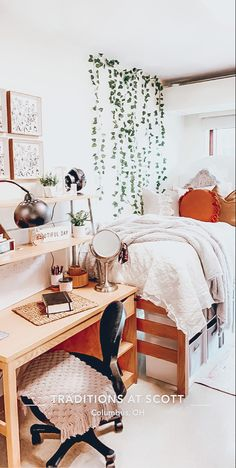 College Bedroom Decor, Bedroom Decor For Teen Girls, Room Ideas Bedroom, Dorm Design, Dorm Room Designs, Cozy Dorm Room, Cute Dorm Rooms, Dorm Room Organization, Dorm Ideas