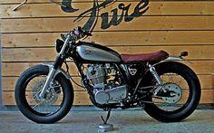 "Cafe Racer Pasión — Yamaha SR400 Brat Style ""Wine Lees"" by Pure..."