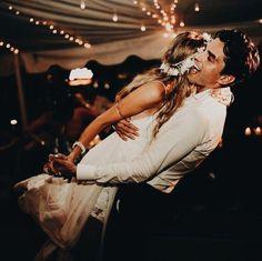 Easy Wedding Photography Ideas For Bride & Groom Wedding Fotos, Wedding Pictures, Perfect Wedding, Dream Wedding, Wedding Day, Wedding Dreams, Wedding Wishes, Wedding Bells, Dear Future Husband