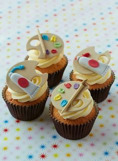 Cupcakes for artist painter..