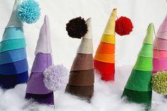 Decoracion – Decoradoras Decocasa » Árboles de Navidad hechos con tejidos y telas.