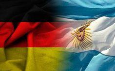 12/07/2014 - 05:25 pm .- El partido entre Argentina y Alemania que definirá al campeón del Mundial de Fútbol FIFA Brasil 2014, ha dirigido la atención de la prensa hacia el Vaticano por la nacionalidad del Papa Francisco y el Papa Emérito Benedicto XVI.