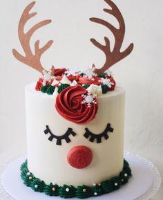 Christmas Cake Designs, Christmas Cake Decorations, Holiday Cakes, Christmas Desserts, Christmas Treats, Holiday Treats, Christmas Birthday Cake, Reindeer Cakes, Cake Decorating Techniques