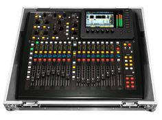 Odyssey FZBEHX32COM Flight Zone® Series Behringer X32 Compact 40-Input 25-Bus digital mixer console Road Case