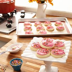 Happy #NationalSugarCookieDay! Check out these sweet deals on @zulily