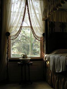 Rosedown Plantation, St Francisville, L Slytherin Aesthetic, Aesthetic Rooms, My Room, My Dream Home, Room Inspiration, Design Inspiration, Light In The Dark, Room Decor, Interior Design