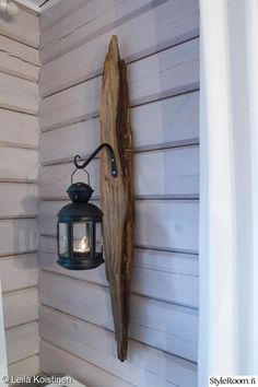 hook, hanging, wall decoration, do-it-yourself cottage Driftwood Lamp, Driftwood Projects, Barn Wood Projects, Build Your Own Wardrobe, Wood Art, Diy Design, Diy Furniture, Lanterns, Diy Home Decor