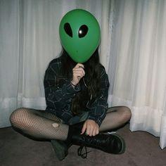 Картинка с тегом «alien, tumblr, and grunge»
