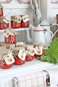 I finally finished making strawberry jam. I need to take some to Red, who has always loved strawberries and to Irma, she loves our jam too. By Vibeke Design Red Kitchen, Country Kitchen, Country Life, Country Charm, Country Living, White Cottage, Cottage Style, Strawberry Patch, Strawberry Jam